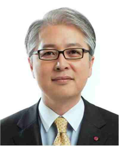 Dr. Bong-suk Kwon, EVP and CEO of LG Home Entertainment Company