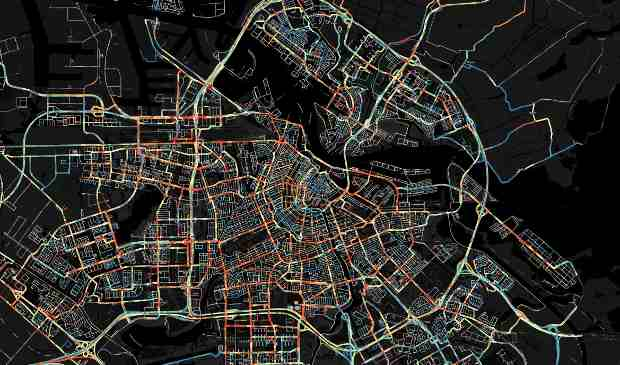 Image shows congestion on the morning of an average working day in and around Amsterdam. Red indicates heavy traffic flow, blue indicates roads with lighter traffic.