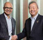 Satya Nadella, CEO, Microsoft (left), Jun Sawada, CEO, NTT (right)