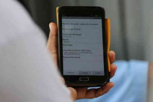 Unleashing information technology to defeat COVID-19. Photo: ITU