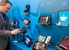 Intel Extends Mobile Reach into Retail