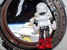 Kirobo in the ISS just before his return to Earth