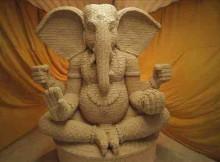 Parle Uses Social Media to Build Biscuit Ganeshaat in Mumbai